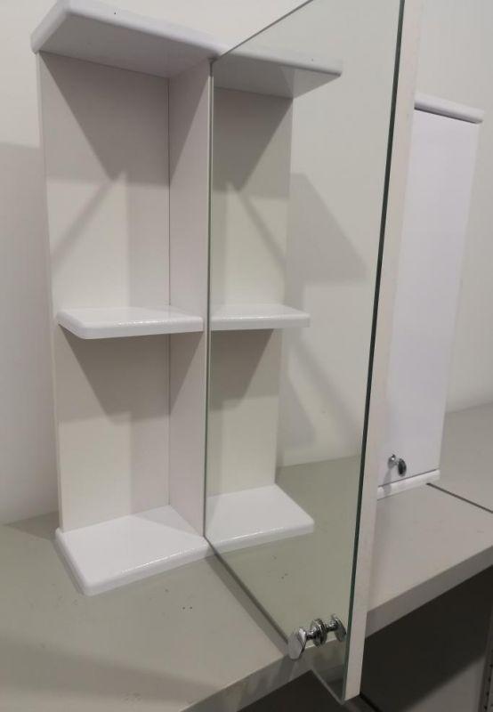 Шкафчик для ванной с зеркалом 590х600х140 (выс*шир*гл) 1 полка, полка слева, 2 дверцы, дверца правая