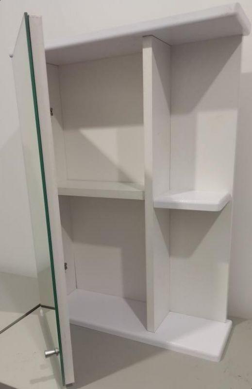 Шкафчик для ванной с зеркалом 600х430х140 (выс*шир*гл) 1 полка, полка справа, дверца левая, белый